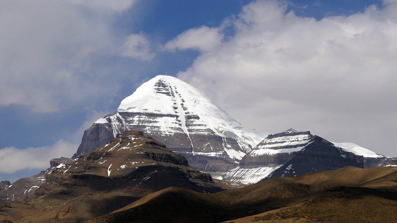 mount kailash kailasa abode of shiva