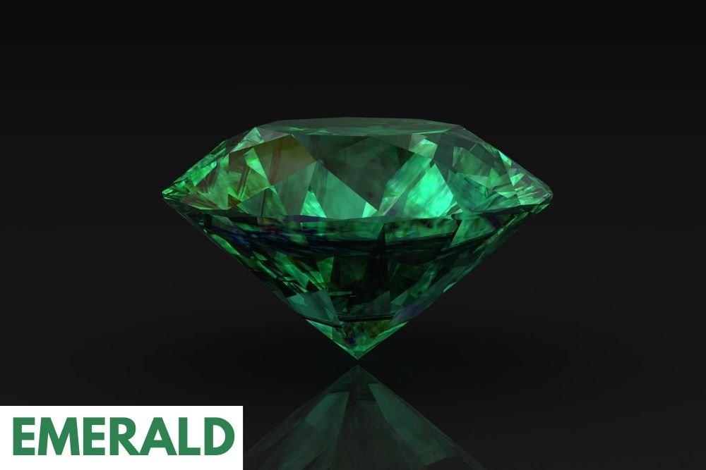 Emerald healing precious stone for heart