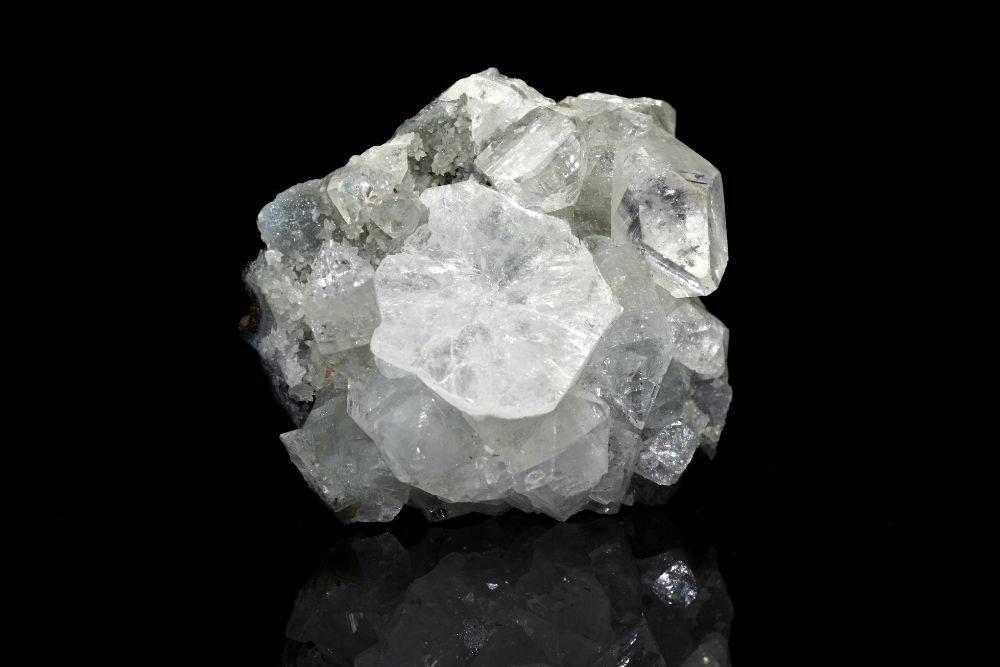 crown chakra crystals - Apophyllite